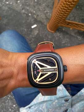 Jam tangan model petak merek sevenfriday crono dan tgl hidup mewah