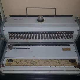Mesin jilid spiral 2 mesin tebal dan tipis +msn pres + potong kertas