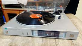 Vintage  Sansui P-d30 fully automatic Driect Drive Turntable