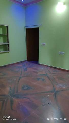 Flats 3 BHK For Rent Prime Area Pal Road & Near By Loction