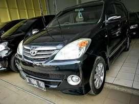 Toyota Avanza s metik dp 6jt th 2010