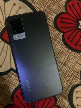 Vivo v21 4 month old scratchless 1 year insurance