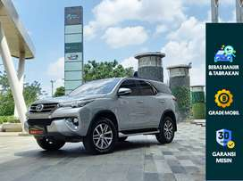 [OLX Autos] Toyota Fortuner 2.4 VRZ 2017  A/T Silver #Autotrust