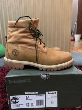 Boots timberland size 42 / 8.5