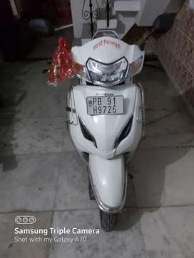 Only 200 kms Brand New Activa 5G White