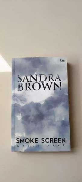 Novel Preloved : Smoke Screen (Kabut Asap) by Sandra Brown