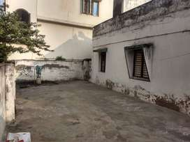 3 room residence, 15 year old structure, single storeyed
