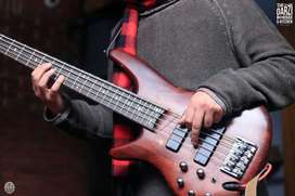 Guitar and Bass classes