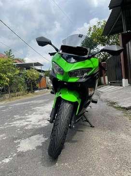 Kawasaki Ninja 250 KRT Edition 2018