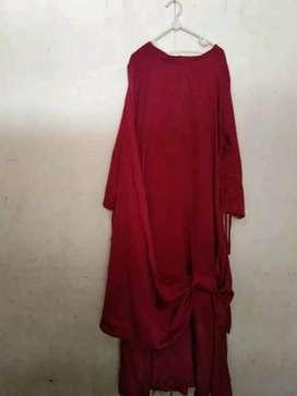 Gaun pesta merah maroon bahan tebel