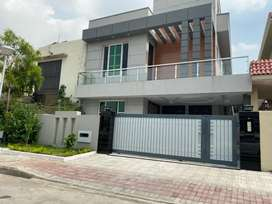 10marla furnished 5bed room house4rent short long timebahria town rwp