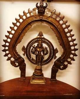 Old bronze  vishnu  stachu  for sale in India kerala kochin