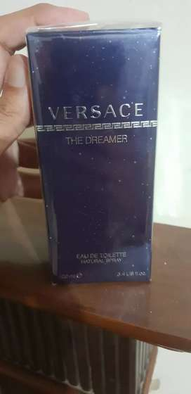 """VERSACE """" THE DREAMER"""" PERFUME FROM UK"""