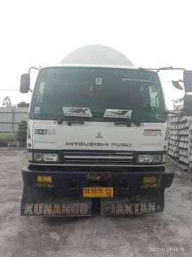 Truck tangki semen