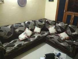 Corner sofa in reasonable prize