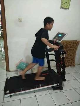 Treadmill Elektrik 4 Fungsi Best Seller ID 6566