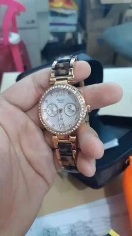 Jam tangan alexandre christie wanita