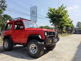 Dijual cepat Daihatsu Feroza 1995 Merah
