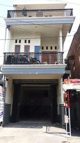 Jual RUKO 3 lantai bangunan baru surat petok  ( D )