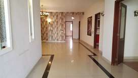 500 Yards Slightly Used Two Unit House In Phase 8 Khayaban E Roomi.