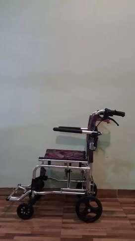 kursi roda lipat traveling
