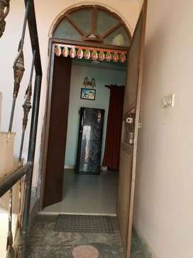 Two bhk flats hi flats for rent in new ashok nagar delhi.