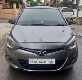 Hyundai I20 Magna 1.2, 2012, Petrol