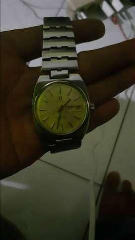Barang antik ( Omega seamaster automatic ) Jam tangan pria or wanita