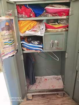 Good conditon godrej meedium size almira with locker