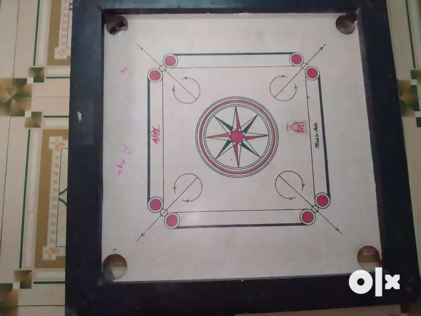 Carrom board 3 month old 0