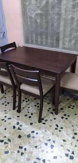Nilkamal dining table 4 seater