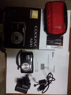 Newcondition coolpix camera
