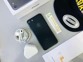 Iphone 7 128gb black second mulus lengkap !!