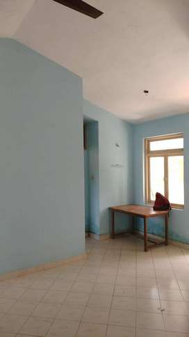Available 1bhk flat for rent at Caranzalem