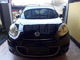 Nissan march 2011 MT
