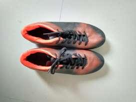 STUD FOOTBALL SIZE   9/42