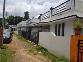 Ready to occupy 3bed attached house in Varapuzha Aluva road