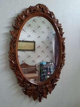 Cermin jati cantik