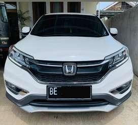 Di jual Honda CRV warna putih tahun 2016
