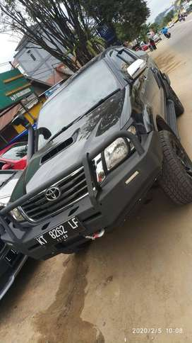 Toyota Hilux 4x4 2012 double cabin manual