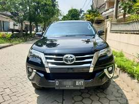 (LIKE NEW) Fortuner VRZ 2.4 AT Diesel 2019. Terawat, Original Paint !!