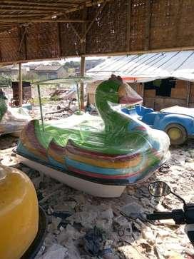 sepeda air angsa,bebek sepeda air,jual wahana air murah,jual bebek air