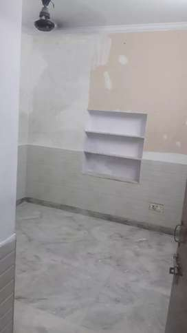 1 room let-bath kitchen house portion ground floor semi furnished