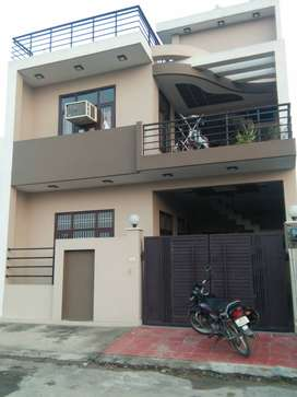 128 YARD DESIGNER VILLA ONLY 72 LAC (OPP -MEDICAL COLLEGE GARH ROAD)