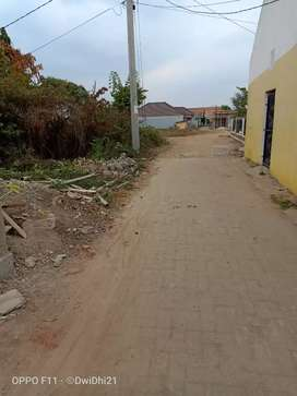 Tanah datar akses mobil masuk jln paping block