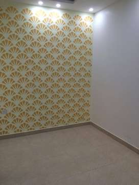 2 bhk floor neyr by metro uttam nagar west