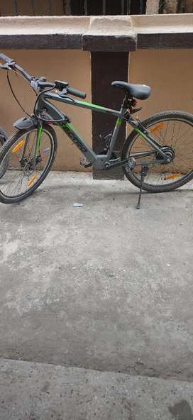 It is a great bicycle electric 40 km per h with paddling system