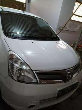Nissan Grand Livina SV automatic