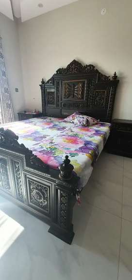 9/10 well maintained bed