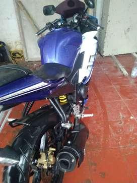 Yamaha r15 biru...di cilandak